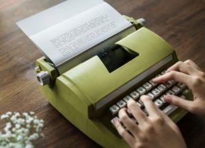 Externí asistentka a psaní